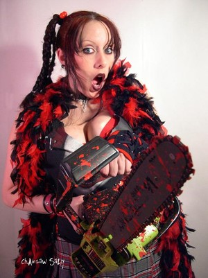 THE CHAINSAW SALLY SHOW ( 14 WEEKS OF BLOODY V-BLOGS)